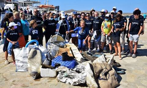 All For Blue: Έχει αφαιρέσει 300 τόνους απορριμμάτων από τις ελληνικές θάλασσες