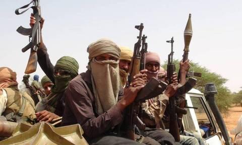 Νιγηρία: Τουλάχιστον 8 στρατιωτικοί νεκροί σε ενέδρα τζιχαντιστών