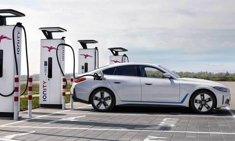 H BMW θεωρεί πως μέχρι τα 600 χιλιόμετρα είναι καλά