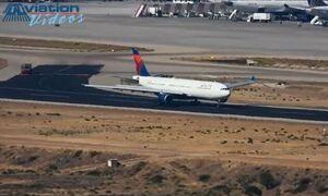Bίντεο ντοκουμέντο με την αναγκαστική προσγείωση του αεροπλάνου της Delta στο «Ελ. Βενιζέλος»