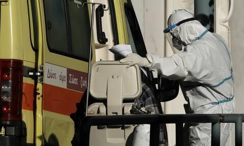 Πύργος: Επεισοδιακή μεταφορά 67χρονου που πέθανε από κορονοϊό στο σπίτι του