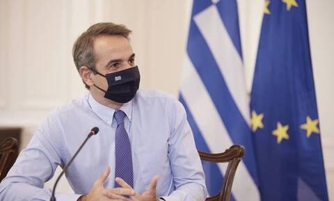 Σε οικονομία, πανδημία, τουρκική προκλητικότητα εστιάζει η κυβέρνηση - Στο Παρίσι ο Μητσοτάκης