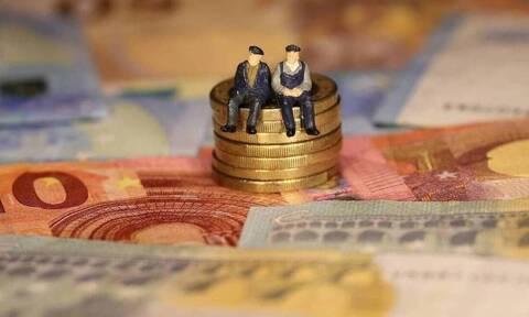 Συντάξεις Οκτωβρίου: Οι ημερομηνίες πληρωμών - Δικαιούχοι  αναδρομικών