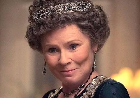 Netflix: Η «βασίλισσα Ελισάβετ» αποκαλύπτει την ημερομηνία για την 5η σεζόν του The Crown