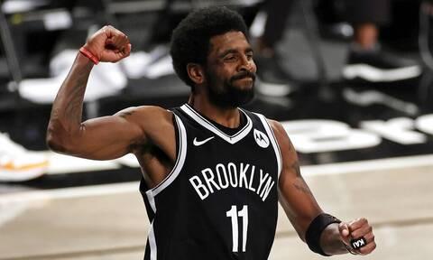NBA: Ο ανεμβολίαστος Κάιρι Ίρβινγκ δεν μπορεί να προπονηθεί στη Νέα Υόρκη!