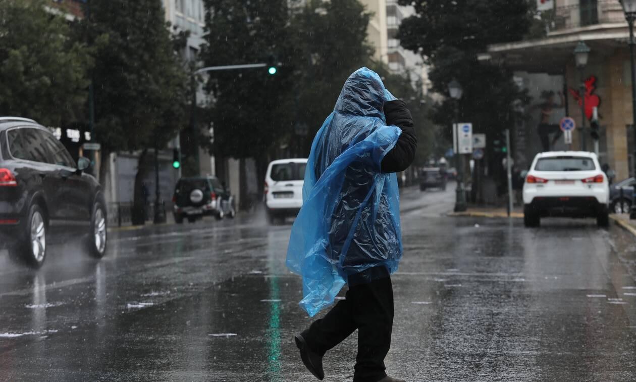 Καιρός: Τοπικές βροχές και άνεμοι αναμένονται την Τρίτη - Σε ποιες περιοχές θα σημειωθούν καταιγίδες