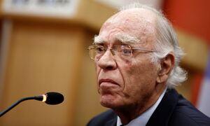 Βασίλης Λεβέντης: Αποσωληνώθηκε ο πρόεδρος της Ένωσης Κεντρώων