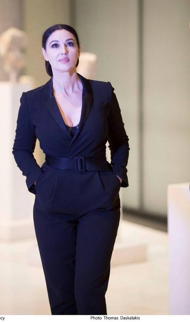 Η Μόνικα Μπελούτσι στο Μουσείο της Ακρόπολης