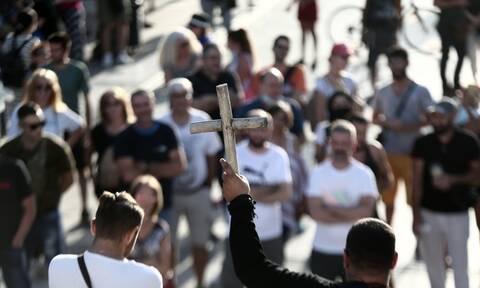 Κορονοϊός: Αυστηρές ποινές για τους αρνητές - Έως 5 χρόνια οι ποινές για ψευδείς ειδήσεις