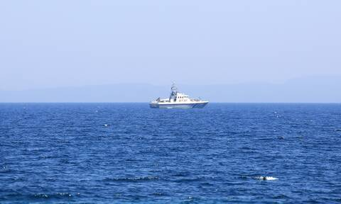 Συναγερμός στο Λιμενικό: Ακυβέρνητο πλοίο ανοιχτά της Άνδρου