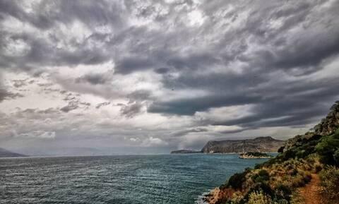 Καιρός meteo: Πτώση της θερμοκρασίας με τοπικές βροχές και σποραδικές καταιγίδες την Πέμπτη (30/9)