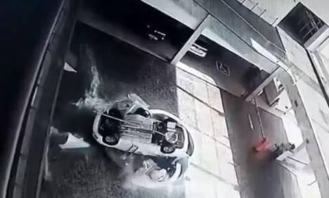 Τρομακτικό ατύχημα στη Βραζιλία: Αυτοκίνητο καταπλάκωσε 19χρονη σε έκθεση – Το βίντεο σοκάρει
