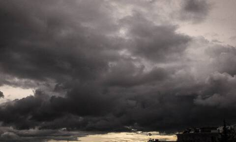 Καιρός: Άστατος ο καιρός την Παρασκευή (1/10) με πτώση της θερμοκρασίας και τοπικές βροχές