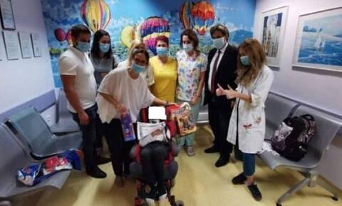 Πάτρα: «Πάμε δυνατά Φώτη» - Το συγκινητικό μήνυμα των γιατρών στο εξιτήριο μετά το ατύχημα με καρτ