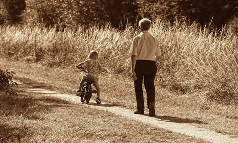 Γηροκομείο η Ελλάς: Οι δείκτες για το δημογραφικό είναι εφιαλτικοί