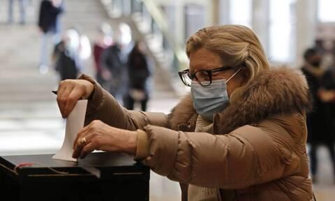 Ιταλία: Έτοιμες οι κάλπες για την ανανέωση 1.192 δημοτικών συμβουλίων