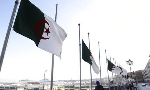 Γαλλία-Αλγερία: Το Αλγέρι «απορρίπτει οποιαδήποτε ανάμειξη στις εσωτερικές του υποθέσεις»