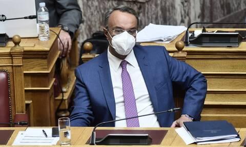 Στη Βουλή αύριο το προσχέδιο του προϋπολογισμού - Όλες οι παρεμβάσεις συνολικού ύψους 3,5 δισ. ευρώ