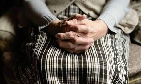 Κατερίνη: 10.000 ευρώ «άρπαξε» από το σπίτι ηλικιωμένης, οικιακή βοηθός