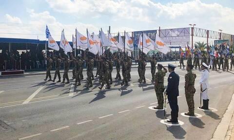 Греки-киприоты отметили День независимости военным парадом в Никосии