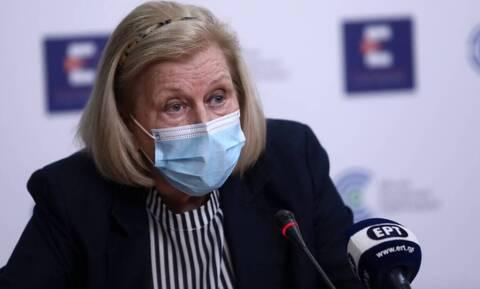 Θεοδωρίδου στο Newsbomb.gr: «Πολυτέλεια η τρίτη δόση του εμβολίου για τον γενικό πληθυσμό»