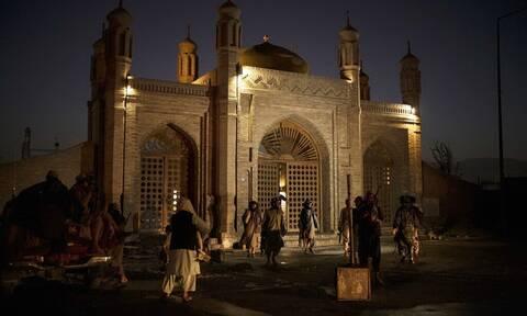 Αφγανιστάν: Το ΙΚ ανέλαβε την ευθύνη για την επίθεση της Κυριακής στην Καμπούλ