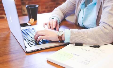 ΟΑΕΔ: Ξεκίνησαν οι αιτήσεις επιχειρήσεων για το 100% επιδοτούμενο πρόγραμμα στο ψηφιακό μάρκετινγκ