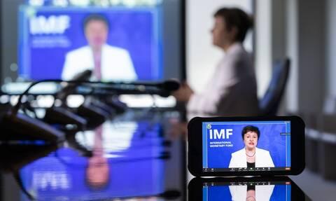 Από μια κλωστή κρέμεται η παραμονή της Κρισταλίνα Γκεοργκίεβα στο τιμόνι του ΔΝΤ