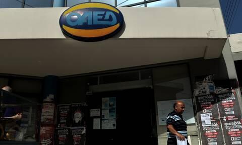 ΟΑΕΔ: Με 50 ένσημα το επίδομα ανεργίας για τους εποχικούς