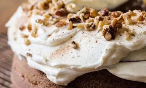 Η συνταγή για το απόλυτο κέικ κολοκύθας