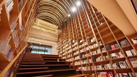 Όλο το έργο και το αρχείο του Χαρούκι Μουρακάμι σε μια βιβλιοθήκη