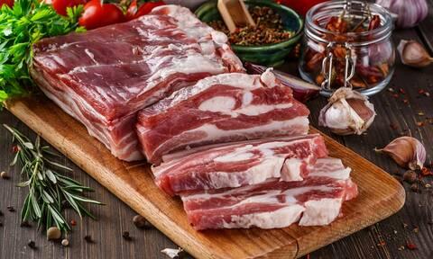 Τι προκαλεί στο σώμα η υπερβολική κατανάλωση κρέατος (video)