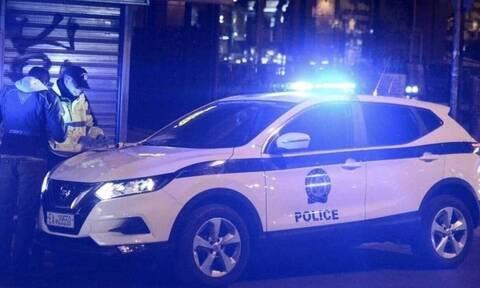 Παράνομος τζόγος: 23 συλλήψεις από την Ελληνική Αστυνομία σε παράνομο μίνι καζίνο στην Καλλιθέα