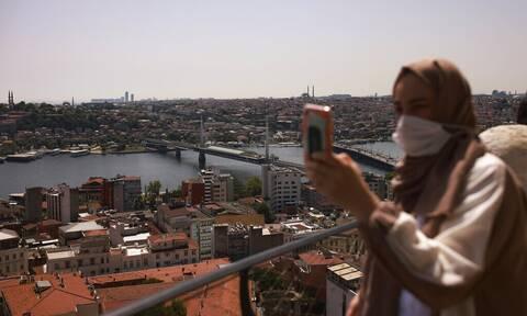 «Θερίζει» την Τουρκία ο κορονοϊός: 29.802 κρούσματα και 228 θάνατοι σε 24 ώρες