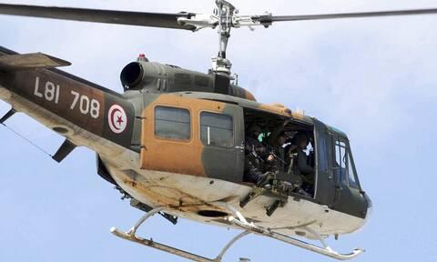 Τυνησία: Τρεις στρατιωτικοί νεκροί από συντριβή ελικοπτέρου