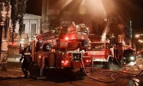 Στις φλόγες διαμέρισμα στα Ιωάννινα - Απεγκλωβίστηκαν οχτώ άτομα