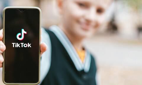 Το τελευταίο trend στο TikTok έχει προκαλέσει ανησυχίες σε γονείς και εκπαιδευτικούς