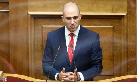 Συνεργάτες Μπογδάνου κατά Δένδια στο Newsbomb.gr: «Δρομολόγησε τη διαγραφή του»