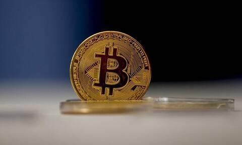 Πάνω από τα 51.000 δολάρια ανήλθε το Bitcoin
