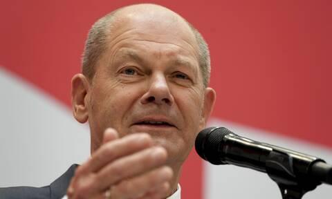 Γερμανία: «Αύριο ξεκινάμε!» δήλωσε ο Όλαφ Σολτς για τις διερευνητικές επαφές με FDP και Πράσινους