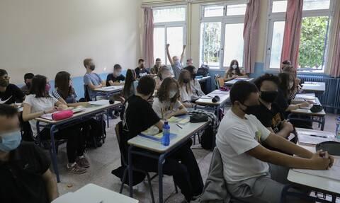 Κορονοϊός: Το 28% των κρουσμάτων παιδιά ηλικίας 4 -18 ετών