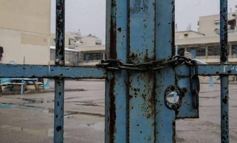 Κακοκαιρία «Αθηνά»: Κλειστές την Πέμπτη (7/10) όλες οι σχολικές μονάδες σε Κέρκυρα και Παξούς