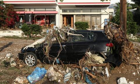 Κακοκαιρία Αθηνά: Σφοδρή βροχόπτωση στην Κέρκυρα, πλημμυρισμένοι δρόμοι και κλήσεις στη Πυροσβεστική