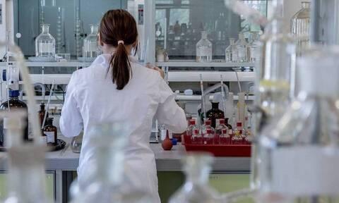 Κυβερνητική παραδοχή για το καταστροφικό clawback - 1,2 δισ. ευρώ επενδύει η φαρμακοβιομηχανία