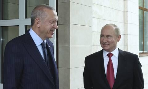 Οι ευχές του Ερντογάν στον Πούτιν για τα γενέθλια του