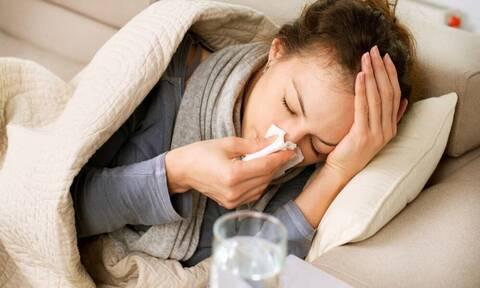 Πώς θα κρατήσεις μακριά σου την εποχιακή γρίπη