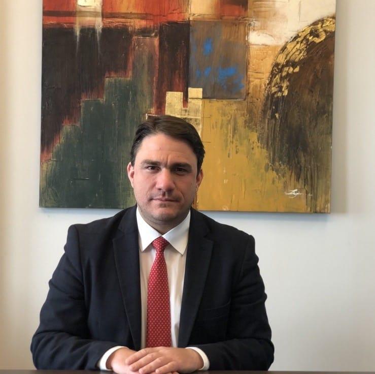 Ο δικηγόρος Κώστας Τσουκαλάς