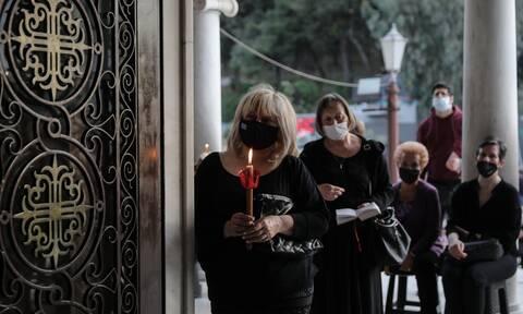 Κορονοϊός - Τζανάκης: To 11% ανεμβολίαστων προβάλει θρησκευτικούς λόγους για την άρνησή του