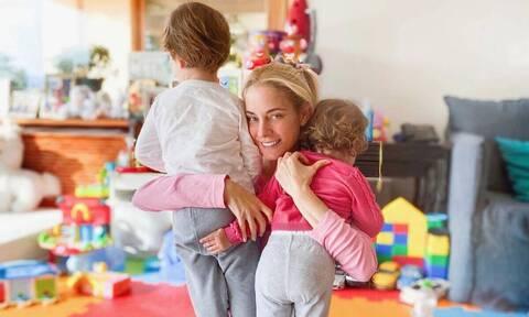 Δούκισσα Νομικού: Παίζει με τον γιο της - Γιατί ενθουσιάστηκε ο μικρός