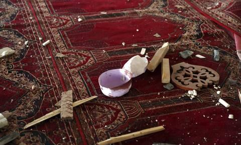 Αφγανιστάν: Έκρηξη σε τζαμί – Πληροφορίες για δεκάδες νεκρούς (πολύ σκληρές εικόνες)